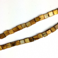 16 Inch Shell 8mm Square Beads Brown